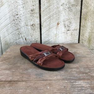 Minnetonka | brown leather suede sandals